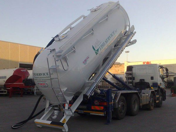 Rigid Silo Tank CMA 18 Scarrabile (roll-off)